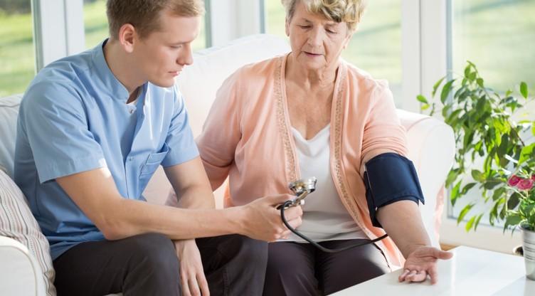 kako smanjiti krvni tlak glavobolja točka hipertenzija liječenje