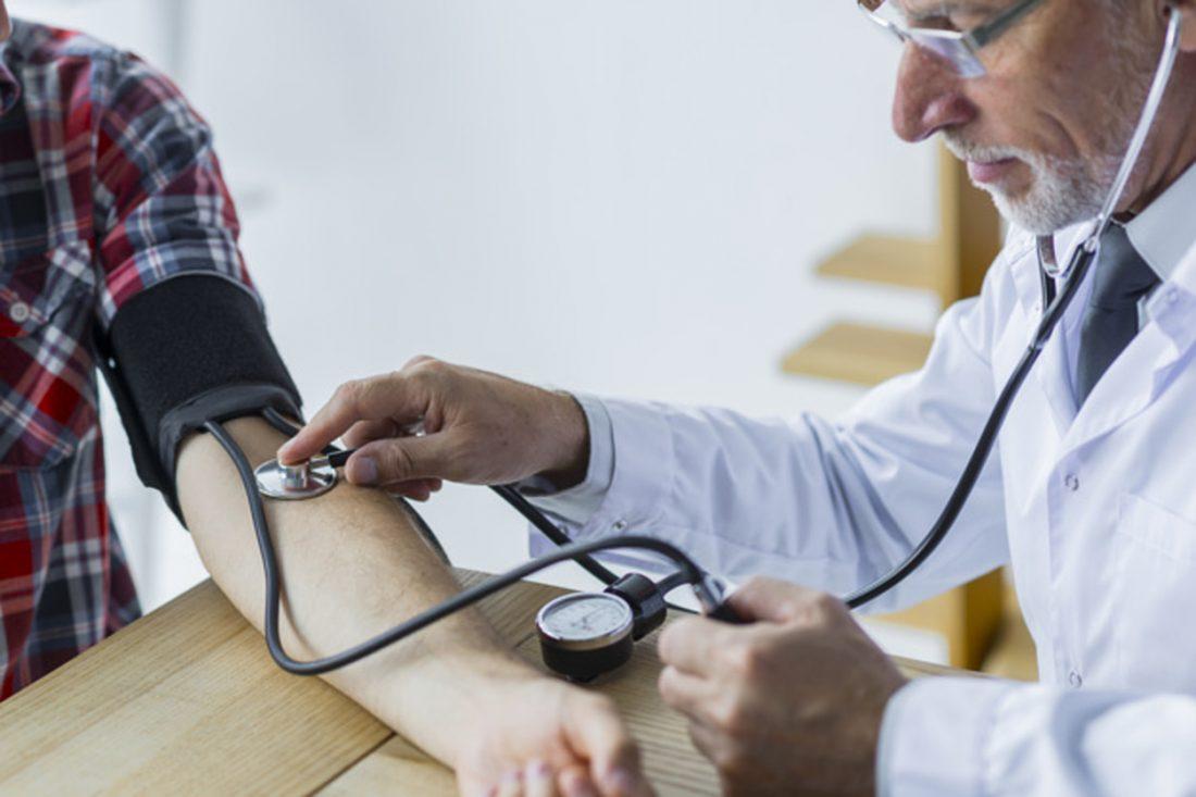 učinak visokog krvnog tlaka kako prepoznati hipertenzije