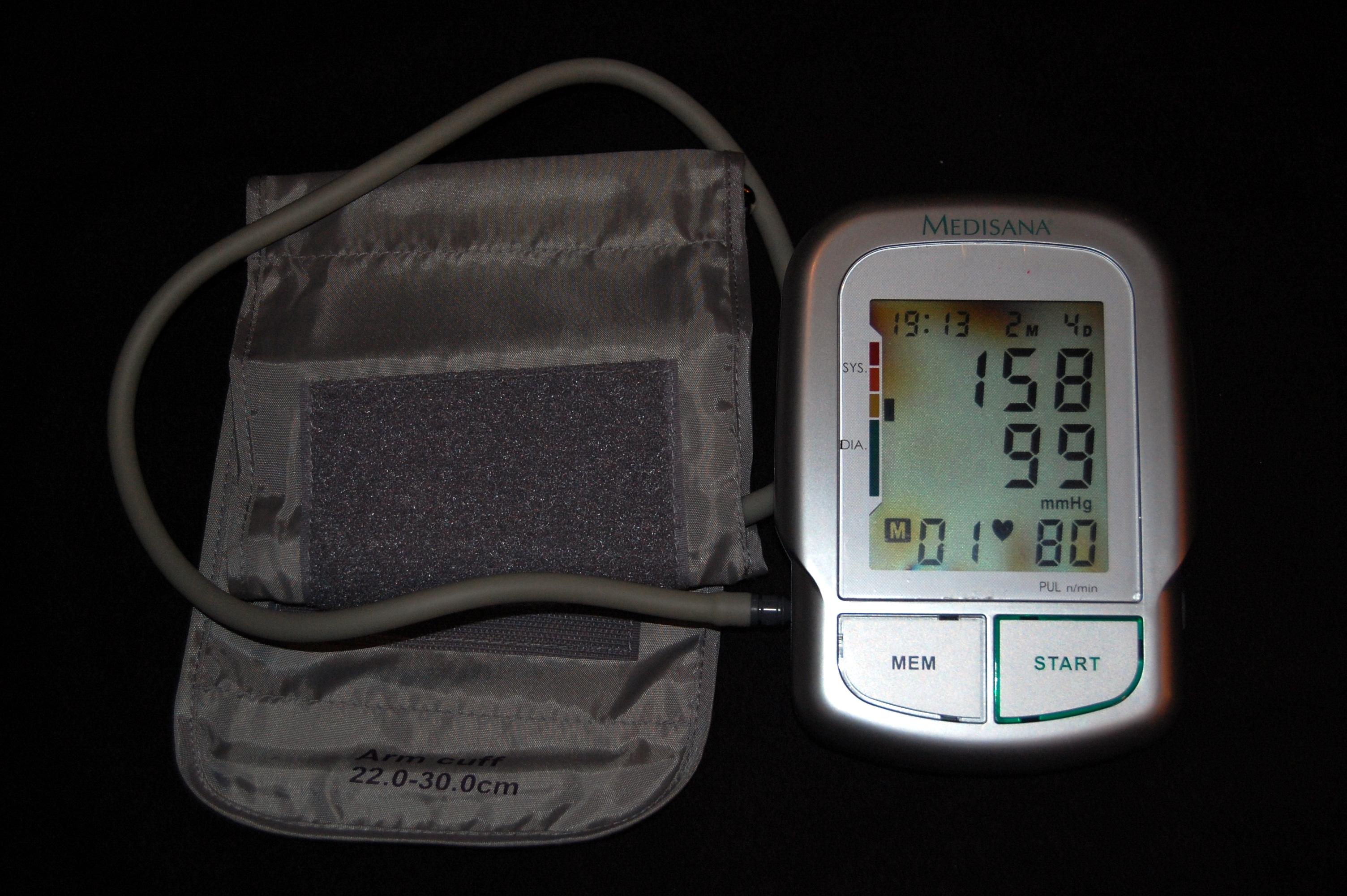stanje fundusa hipertenzije